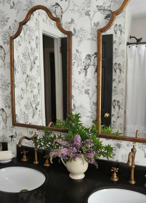 10 ý tưởng sử dụng giấy dán tường cho phòng tắm