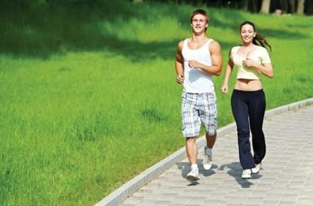 Ngăn ngừa đau khớp gối bằng cách chạy bộ thường xuyên