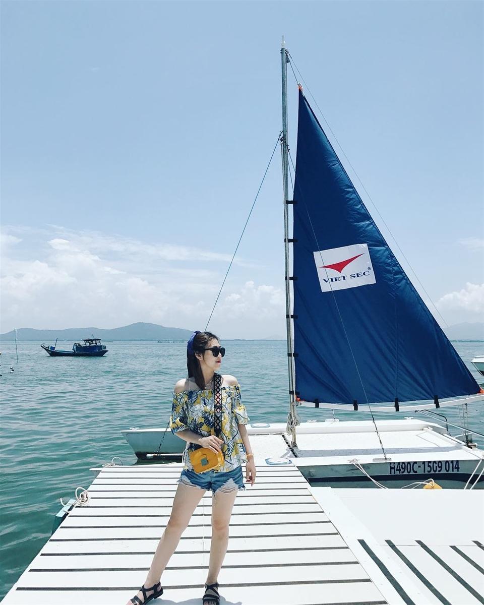 Bến tàu Marina