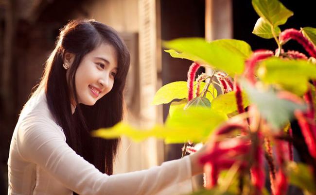 Tại sao cô ấy lại xinh đẹp, giàu có và có cuộc sống viên mãn thế kia?